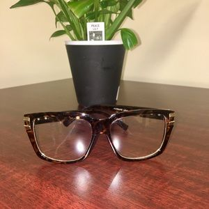 Accessories - CLEAR LENS TORTOISE FRAMES W/ GOLD HARDWARE